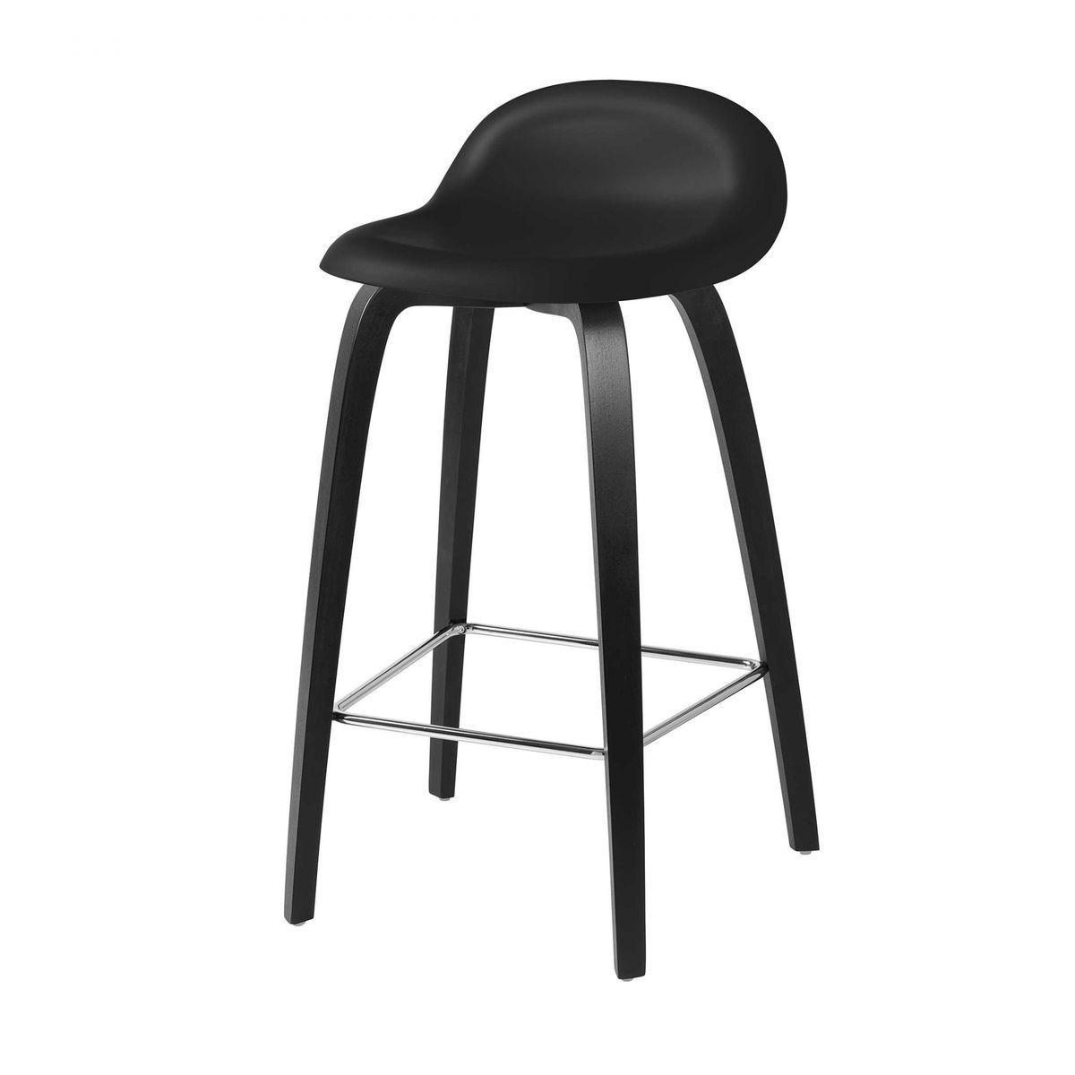 3d counter stool barhocker mit buchengestell gubi for Barhocker 3d