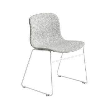 - About a Chair 09 Stuhl Gestell weiß - grau Hallingdal 116/Gestell Stahl schwarz lackiert/H x B x T: 78 x 58 x 50cm/Gestell mit Kufen
