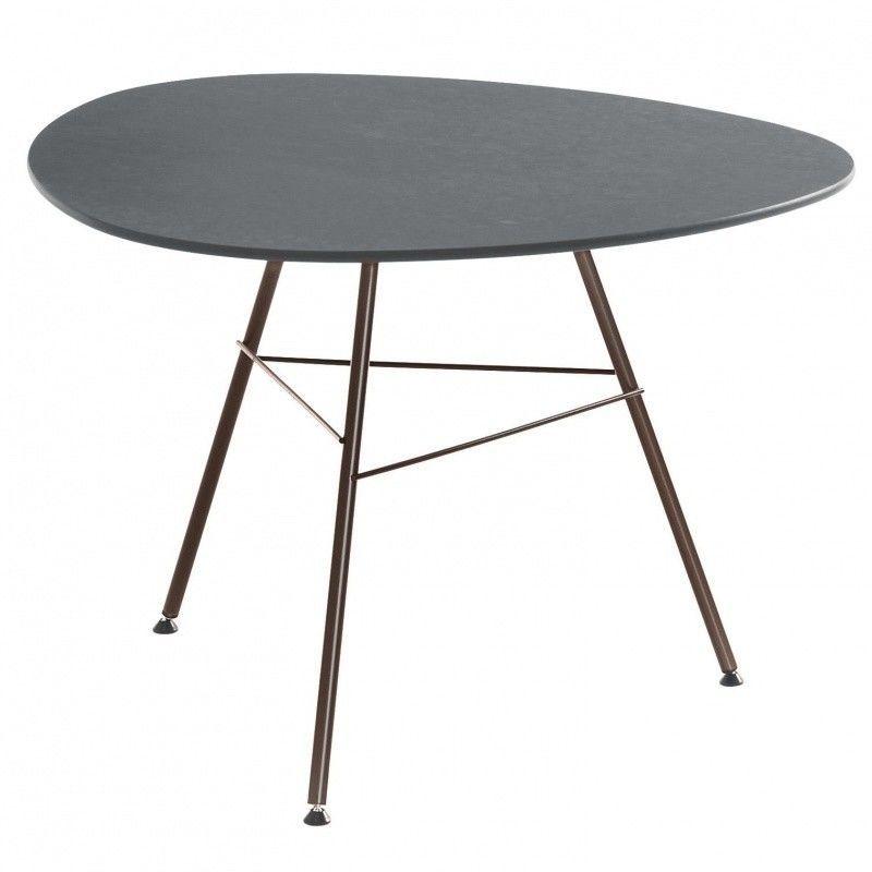 leaf beistelltisch dreieckig h50 arper. Black Bedroom Furniture Sets. Home Design Ideas