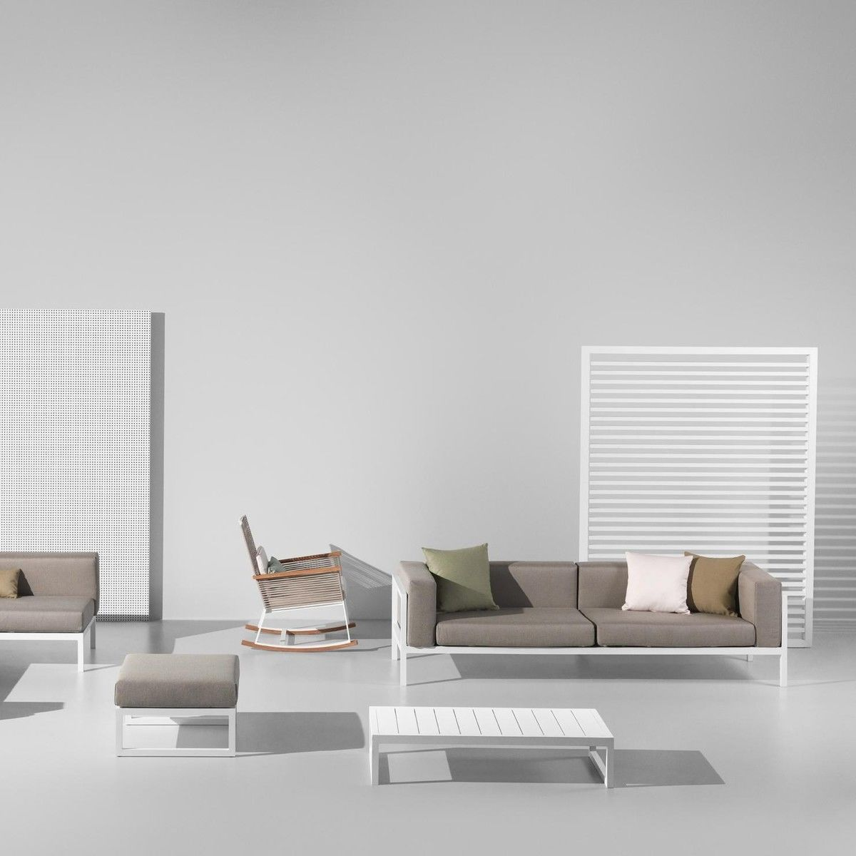 landscape canap de jardin 2 places xl kettal canap s et fauteuils de jardin mobilier de. Black Bedroom Furniture Sets. Home Design Ideas