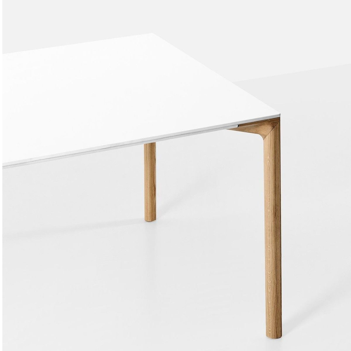 Boiacca wood dining table kristalia for Table kristalia
