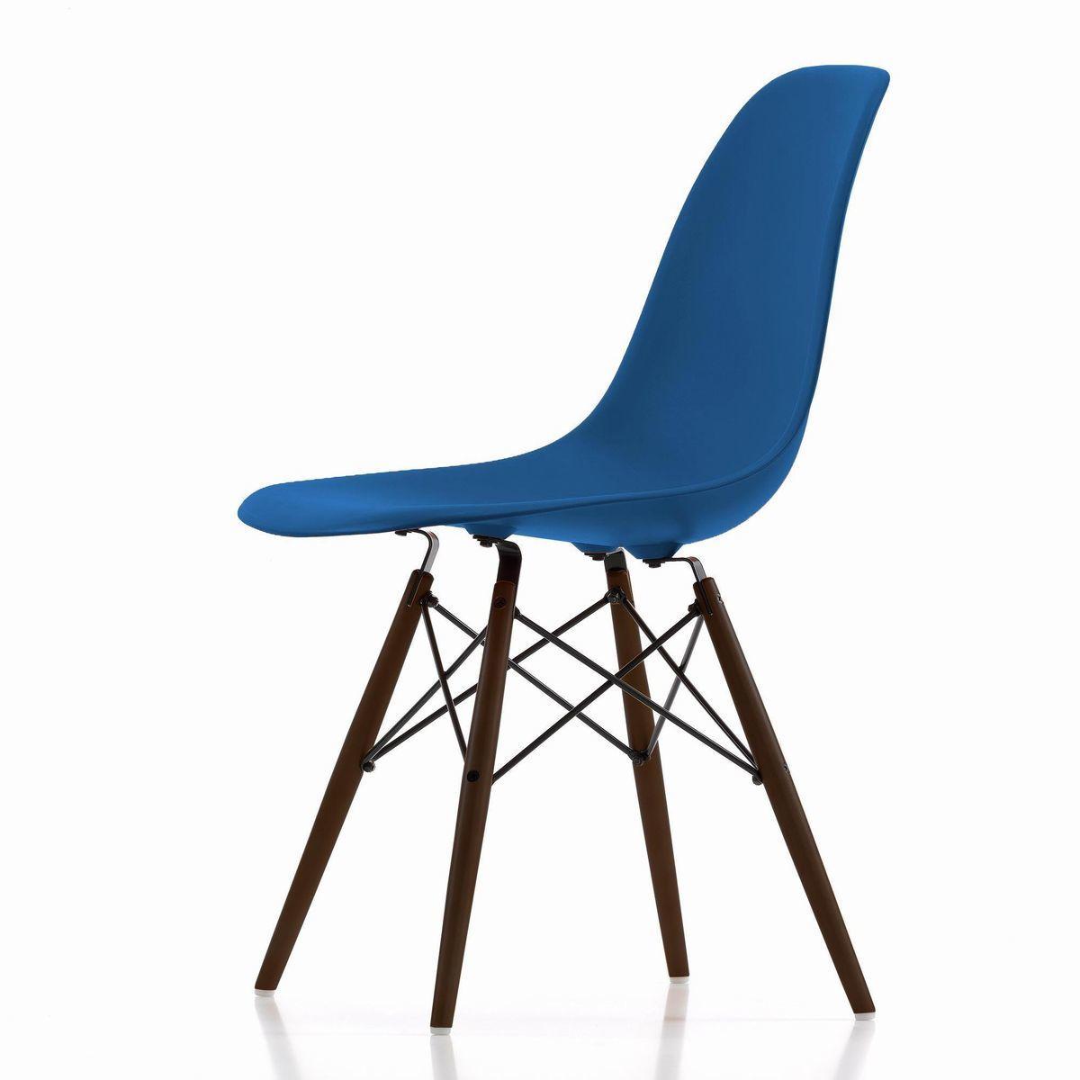 eames plastic side chair dsw maple dark h43cm vitra. Black Bedroom Furniture Sets. Home Design Ideas