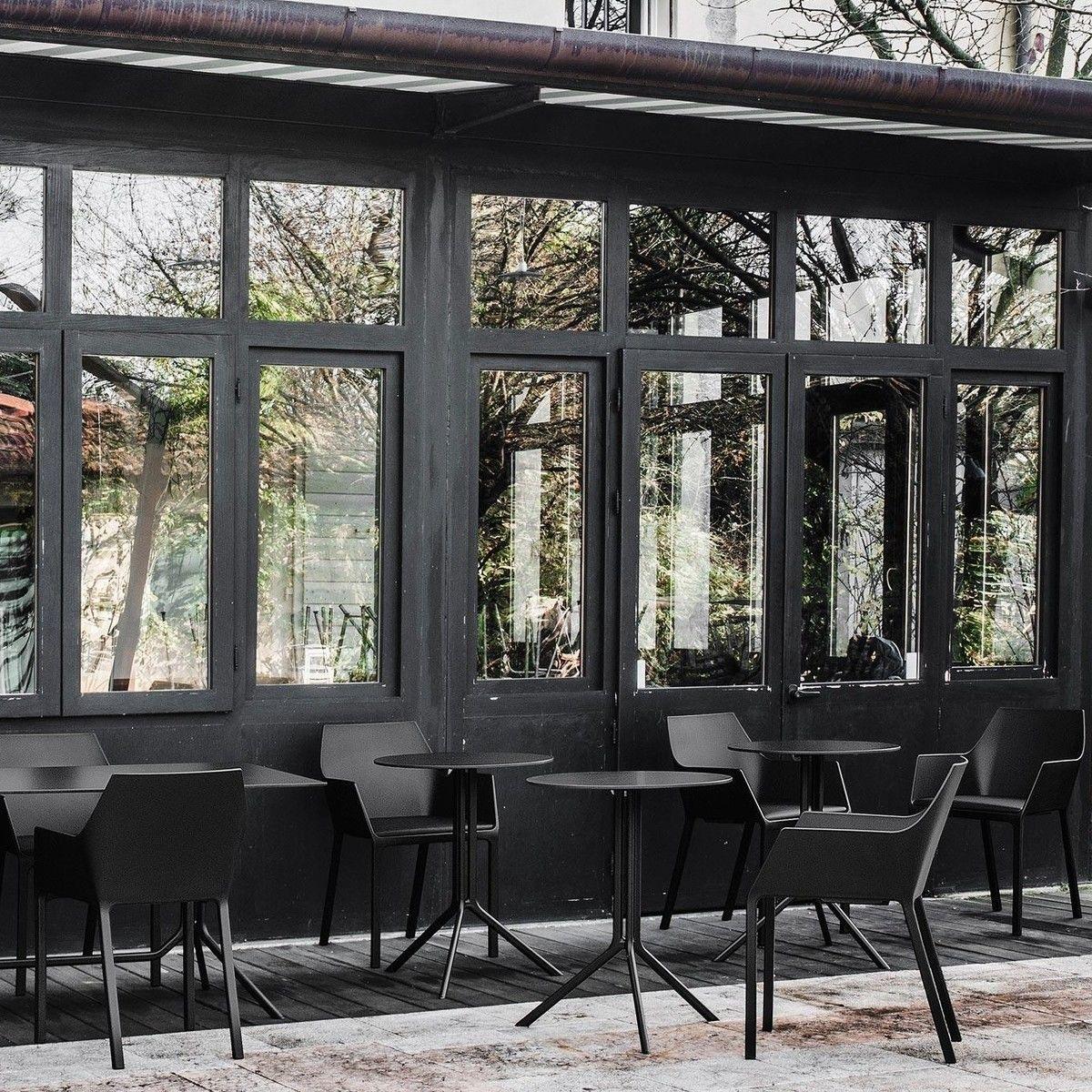 Poule bistro tisch rund 60cm kristalia for Tisch design award