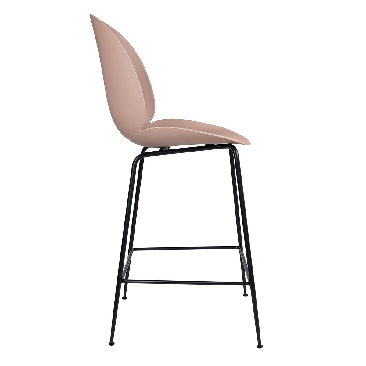 Beetle counter chair barhocker schwarz 108cm gubi for Barhocker 92 cm