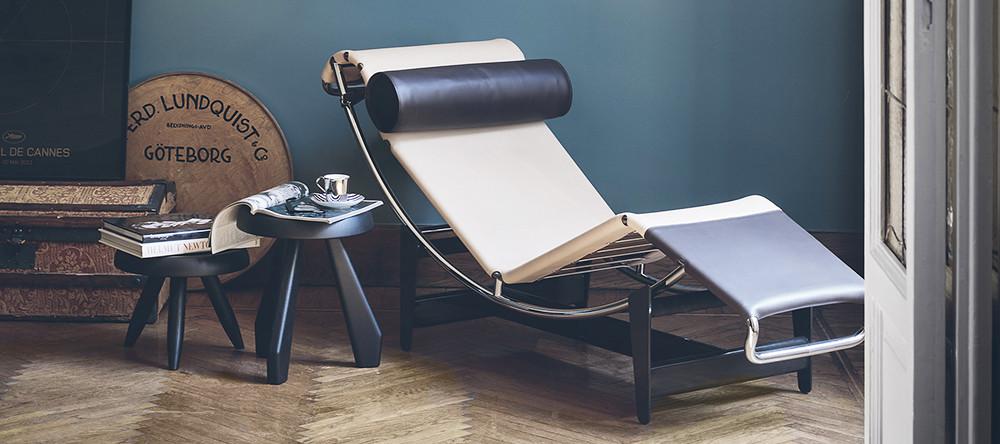 buy cassina furniture online ambientedirect. Black Bedroom Furniture Sets. Home Design Ideas