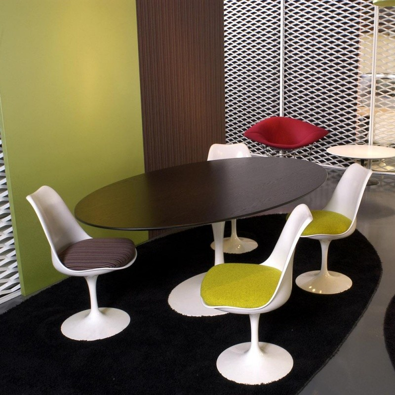 saarinen tisch oval knoll international. Black Bedroom Furniture Sets. Home Design Ideas