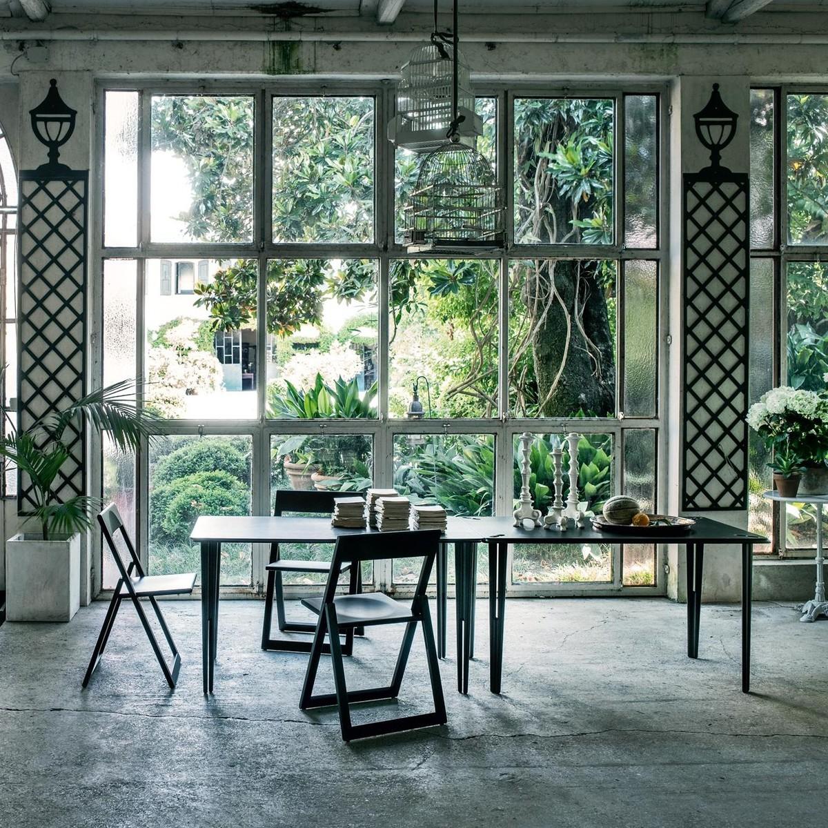 aviva klappstuhl magis. Black Bedroom Furniture Sets. Home Design Ideas
