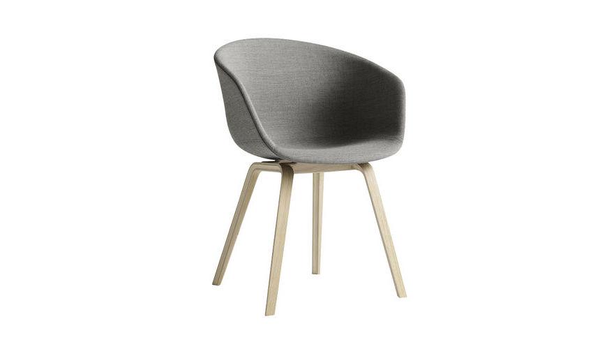 About a Chair Armlehnstuhl gepolstert