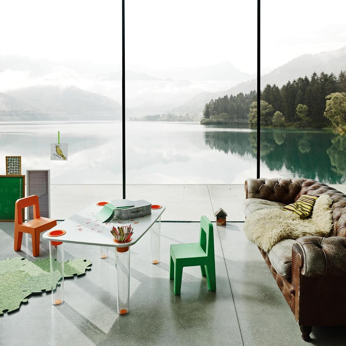 little flare children 39 s table magis. Black Bedroom Furniture Sets. Home Design Ideas