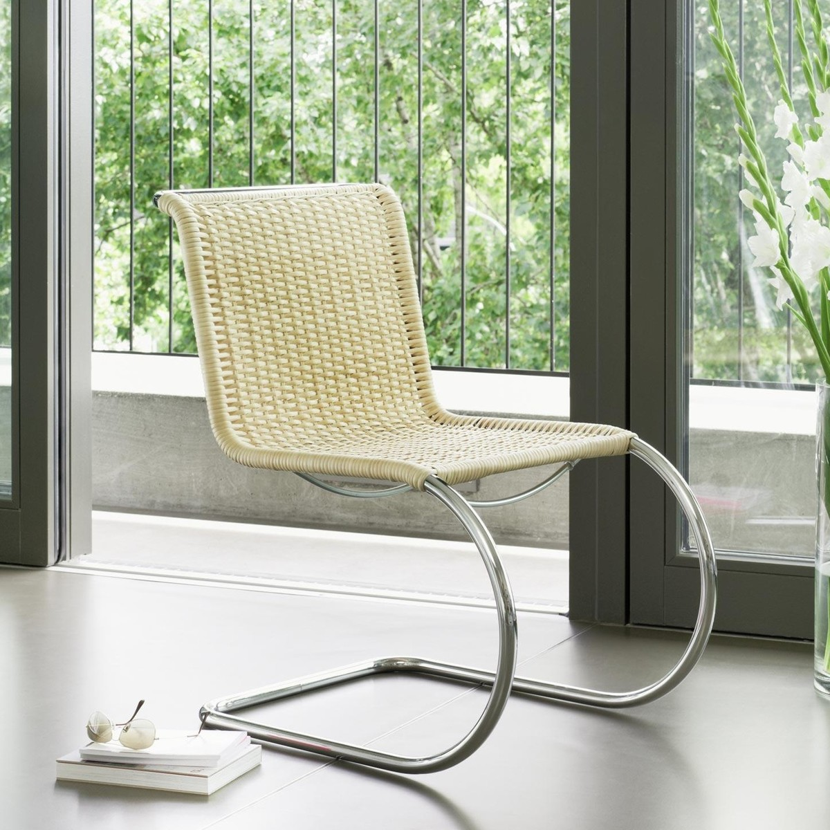 thonet s 533 freischwinger stuhl thonet. Black Bedroom Furniture Sets. Home Design Ideas