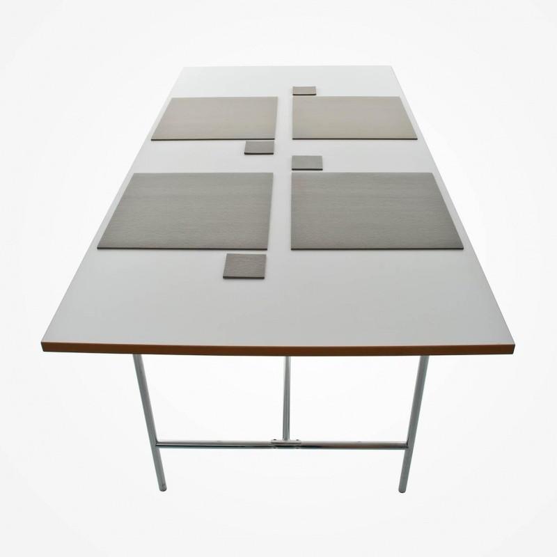 hey sign dessous de table carr hey sign. Black Bedroom Furniture Sets. Home Design Ideas